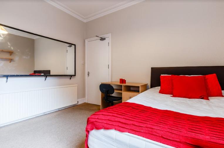 London Bedroom 2